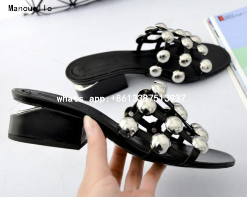 ФОТО Free Shipping Women Hot Black Color 40 mm Sculpted Heel Open Toe Studded Cuts Out Slip On Sandals Out Door Casual Sandals Lady