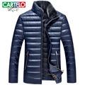 Cartelo marca 2016 ultraligero por la chaqueta hombres parka de invierno para hombre cuello de piel por la chaqueta capa de la ropa de Los Hombres de moda negocio
