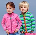 2015 primavera hijo varón hembra niño prendas de vestir exteriores de tela polar bebé prendas de vestir exteriores de los niños sudadera calidad