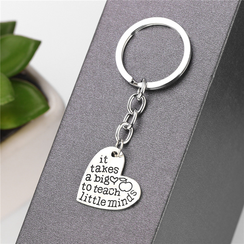 Trendy Silver Color Alloy It takes a big heart to teach little minds Heart Shaped KeyChain Teacher Gift Jewelry