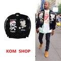 КМО новый япония хип-хоп одежда мужчины одежда флис пальто kanye west череп вышивка Sukajan бархат ma1 бомбардировщик сувенирной куртка