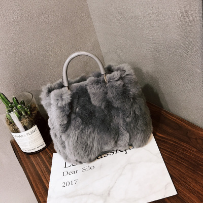 NEW Winter Soft Faux Fur Bag Small Fashion Women Fur Tote Bag Warm Plush Handbag Ladies Crossbody Shoulder Bag Luxury Messenger