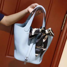 2017 fashion brand runway ladies bag large capacity bag CL702164