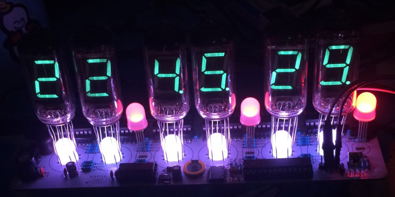 DIY fluorescent tube clock