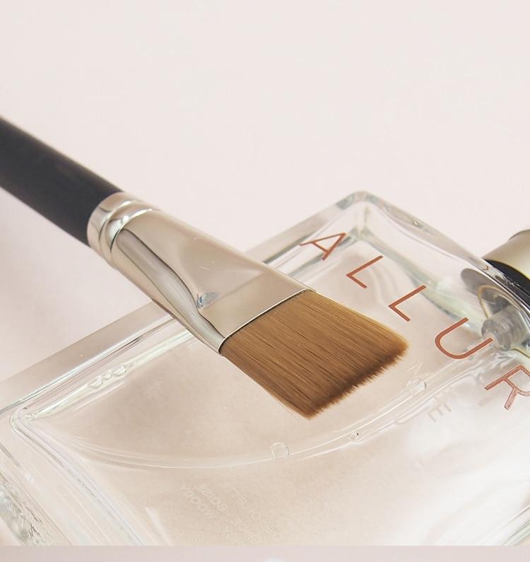 Professional Facial Mask Brush 191 Flat Firm Straight Fiber Liquid Foundation Cream Makeup Brush Beauty Tool in Eye Shadow Applicator from Beauty Health