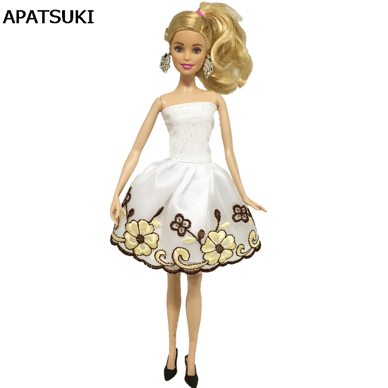 Detail Feedback Questions about Fashion Clothes For Barbie Dolls Pretty  Princess Embroidery Flower Short Dresses For Barbie Dollhouse For 1 6 BJD  Doll ... 7189f874732d