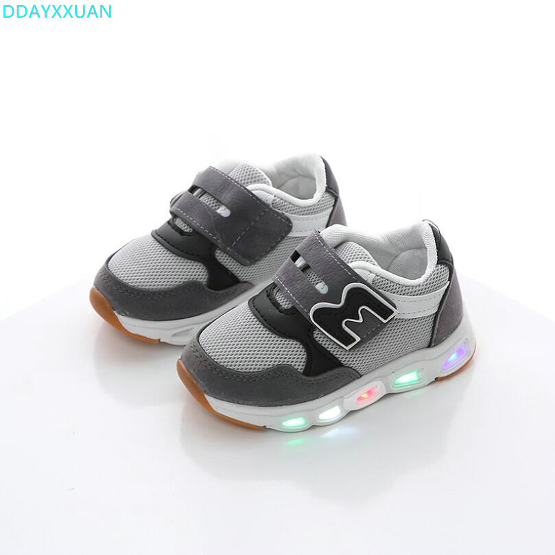 High Quality children Casual shoes LED lighted New Brand Spring breathable kids sneakers glowing shinning baby boys girls shoesHigh Quality children Casual shoes LED lighted New Brand Spring breathable kids sneakers glowing shinning baby boys girls shoes