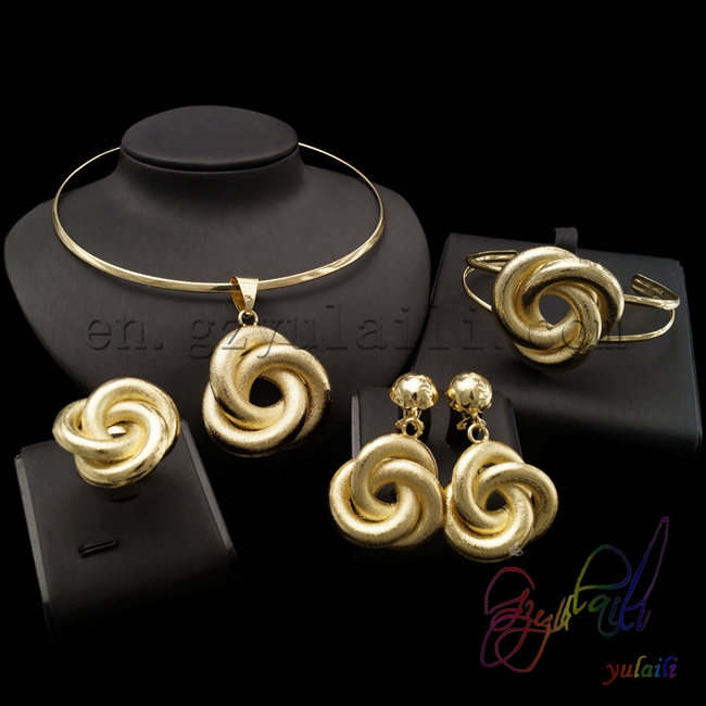 цена на YULAILI Free Shipping High Quality Hot Selling Gold Color Ladies Costume Four Pieces Jewelry Sets