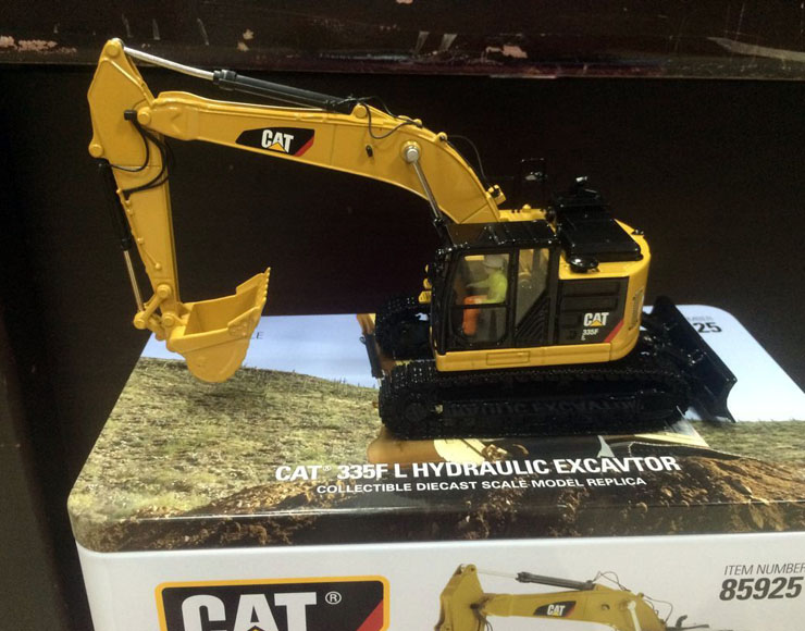 New Packing - DM Model - Cat 335F L Hydraulic Excavtor 1/50 Scale DieCast 85925 детские товары по уходу за ребенком brand new f l b26 sv007054 sv007054 f l