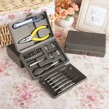 24Pcs Multifunctional Toolbox Screwdriver Pliers Hand Tools Set Universal Car Repairing Portable Emergency Toolbox