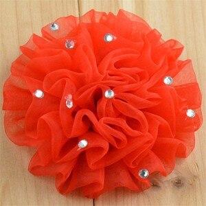Image 5 - 200 ชิ้น/ล็อต 12 สี U Pick 3.5 นิ้วชีฟอง Organza Ruched พัฟดอกไม้ Rhinestone ดอกไม้งานแต่งงานตกแต่ง TH24