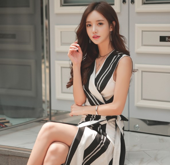 2019 Summer Dresses V-Neck Sleeveless Striped Women Dress Office Sashes Bodycon Skinny Knee Length Straight Dress Vestidos