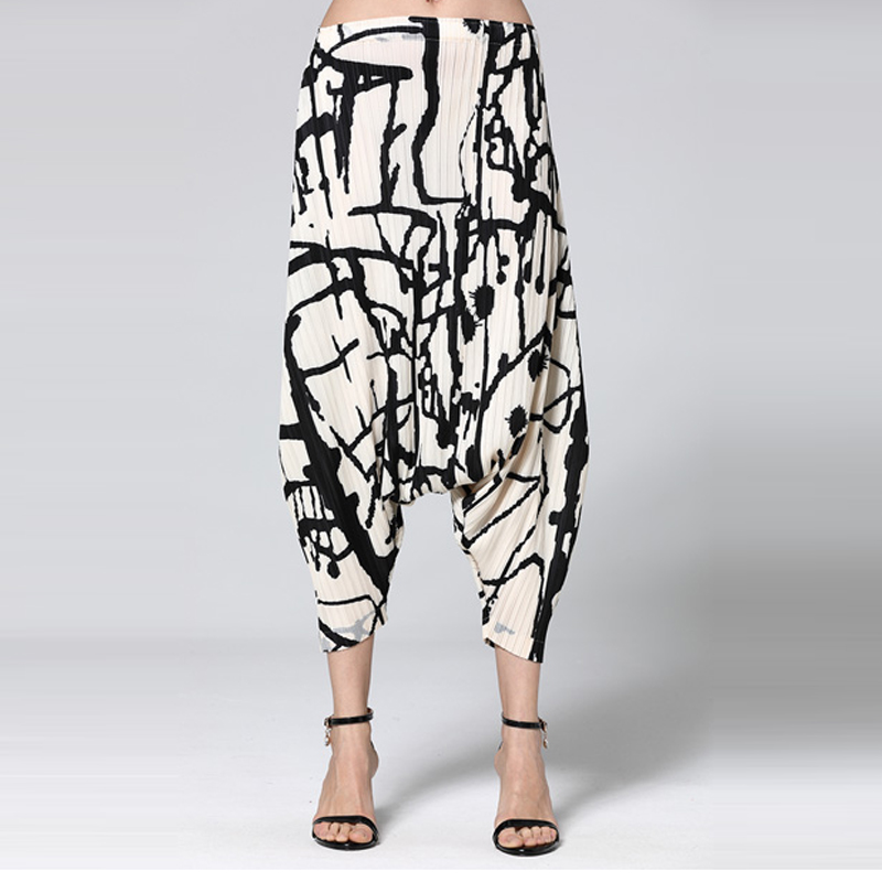 Changpleat 2019 Spring New Printed loose Women Cross Pants Miyak Pleated Fashion Design Large Size Elastic waist female Pants