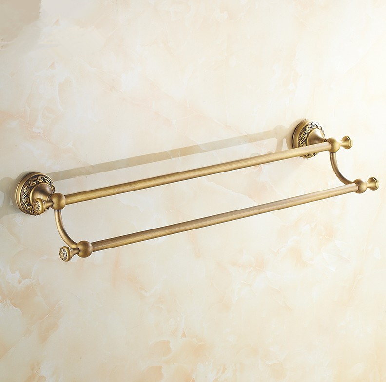 Brass bathroom hardware simple white brass bathroom for Vintage bathroom accessories