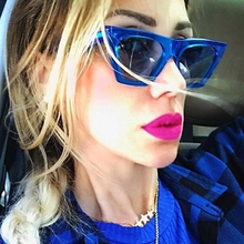 KRMDING Australian style retro cat eye sunglasses female 2019 luxury brand fashion big box Cateye lady color