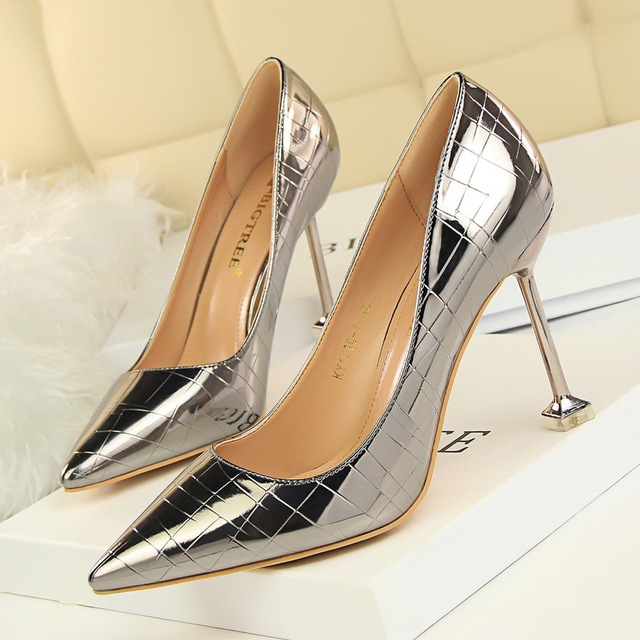 f5b5901d74 Women Dress Shoes Office High Heels Shoes For Lady White Pumps Heels Night  Clue Sexy Shoes Casual Womans 9 CM Snakeskin Patent