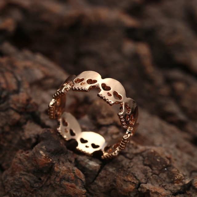 Мужское кольцо с черепом todorova готическое байкерское из цинкового