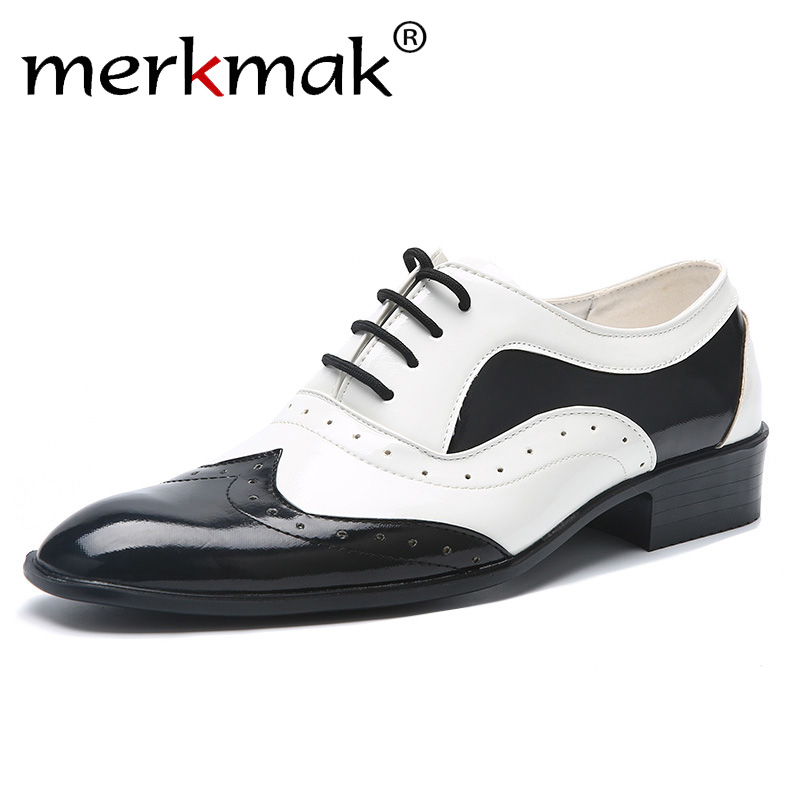 2019 New Fashion Men's Trend Pointed Toe Casual Flats Men Wedding Shoes Male Japanned Leather Shoes Black White Brogue Formal