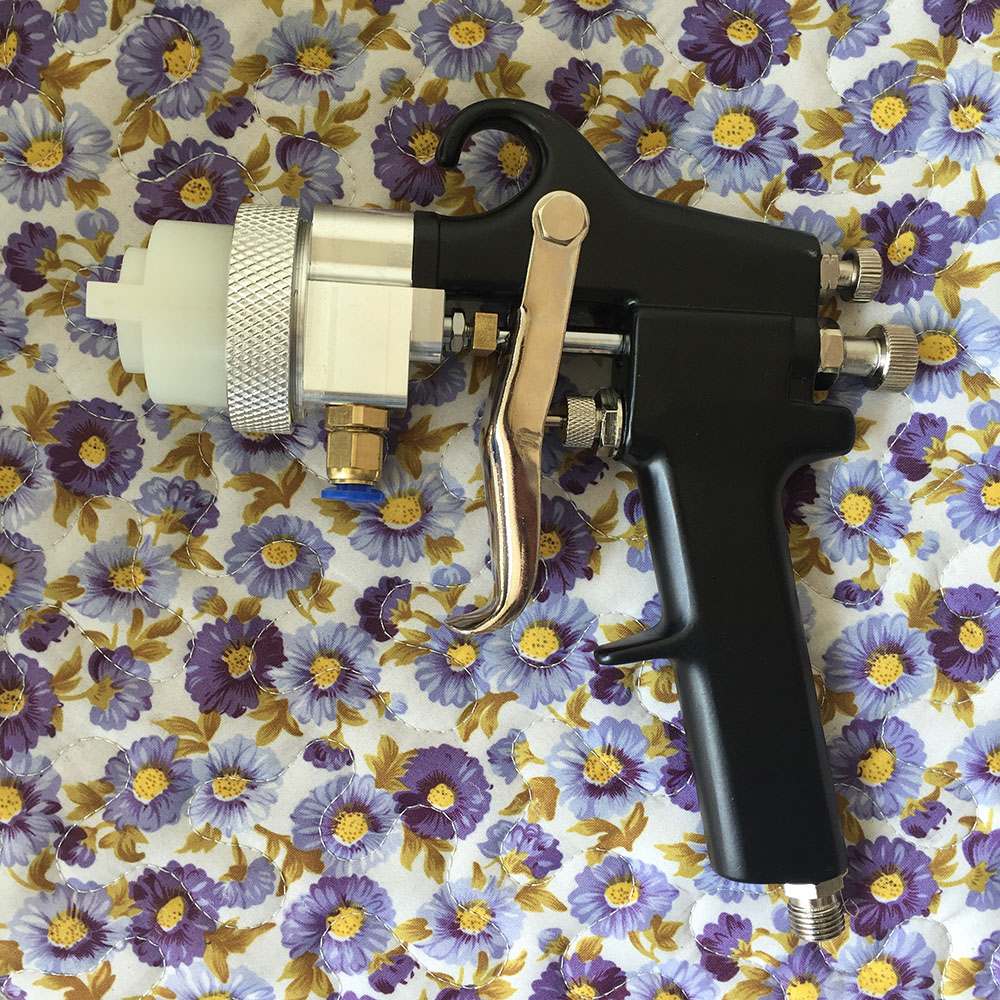 SAT1182 Double Nozzle Professional Pressure Feed Spray Gun Air Paint Guns Airbrush Painting Car Silver Mirror Chrome Paint Gun стоимость