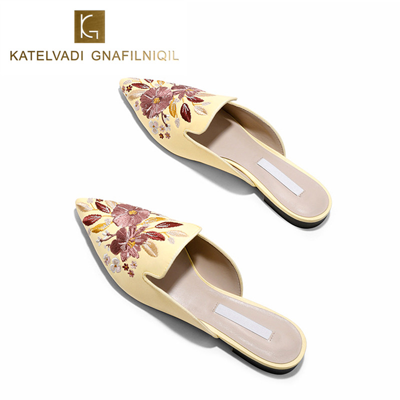 Women Mules Luxury Embroider Outdoor Yellow Slipper Women Flats Mules Satin Slippers Slip On Pointed Toe Shoes Woman Size K-208 suojialun brand 2018 autumn women luxury mules slippers pointed toe half slippers slip on loafers mules flip flops