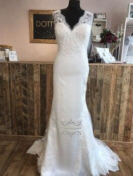Con cuello en V de encaje vestidos de boda sirena sin respaldo de Vestido de novia, Vestido de novia de tren de barrido Flare trajes de novia 2020