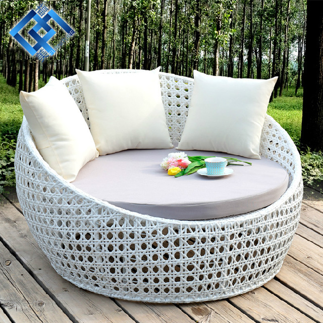 Outdoor Furniture And Outdoor Swimming Pool Is Outdoor Rattan Chairs Lying Bed Sofa Bed Round Bed & Outdoor Furniture And Outdoor Swimming Pool Is Outdoor Rattan Chairs ...