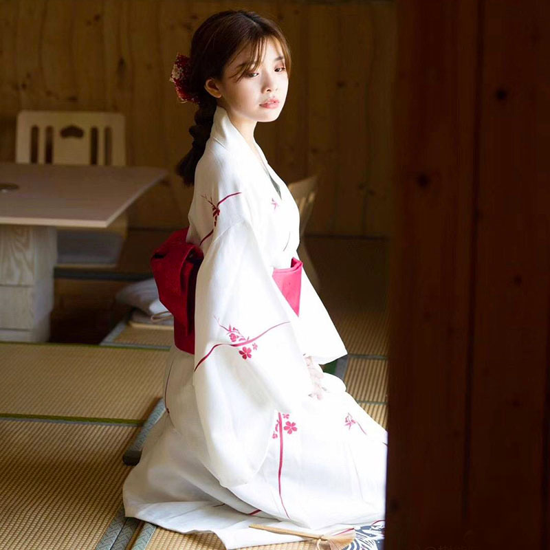 Vintage Girl Japanese Style Long Robe Classic Kimono Yukata Halloween Party Cosplay Clothes Elegant Lady Formal Evening Dress