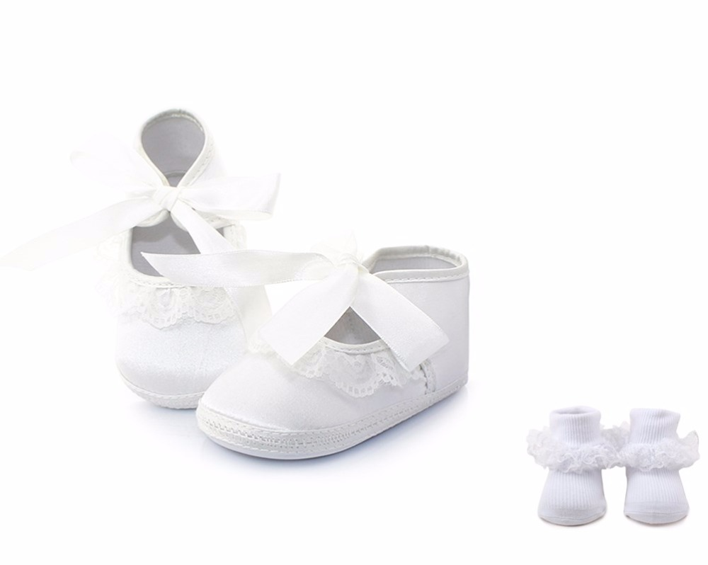 Delebao Pure White Christening Baptism Lace Butterfly-knot Hook & Loop Newborn Baby Girl Shoes + Baptism Socks For 0-12 Months