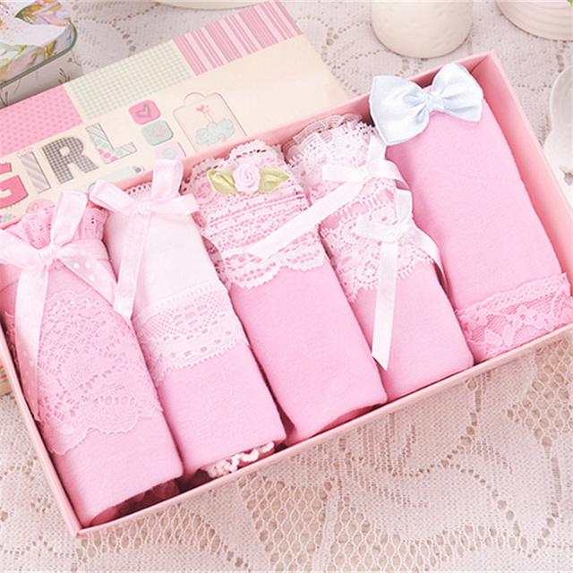 Women's Cotton and Lace Briefs 5 Pcs Set