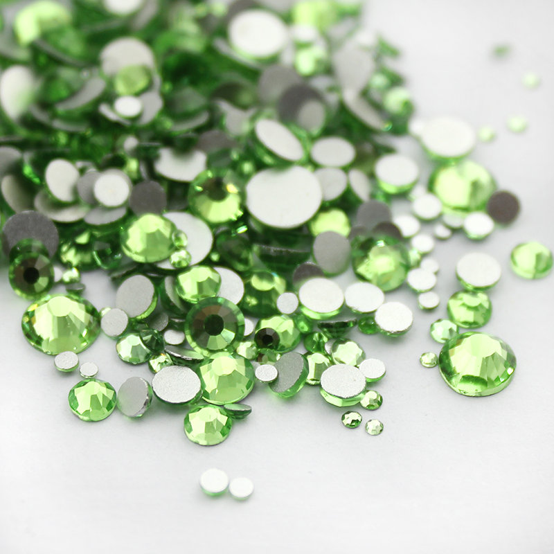 Light Green Shiny Rhinestones 1000pcs Mix Sizes 3D Nail Art Non HotFix Stones Flatback For Nails Decoration super shiny 1440p ss6 2mm crystal light green peridot nail rhinestones non hotfix rhinestones nail art decoration