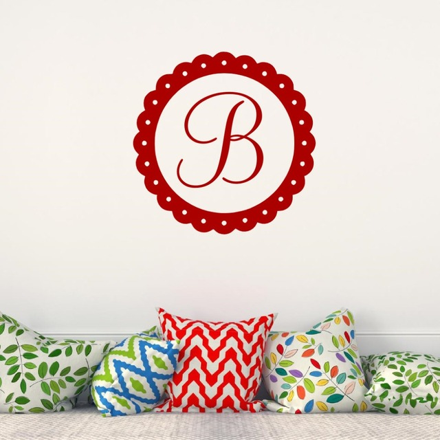 Personalized name initial with flower circle wall decal customized letter monogram stamp vinyl wall sticker