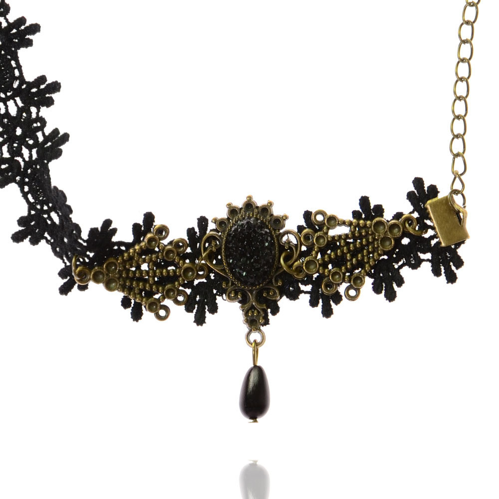 black-vintage-lace-anklet-with-bronze-design-1