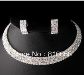 Free shipping@@Exquisite 3 row white Crystal Necklace Earring