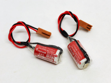 лучшая цена 2pcs/lot New Genuine Maxell ER3 3.6V 1100MAH Horned PLC Battery Lithium Batteries With Plugs Made in Japan