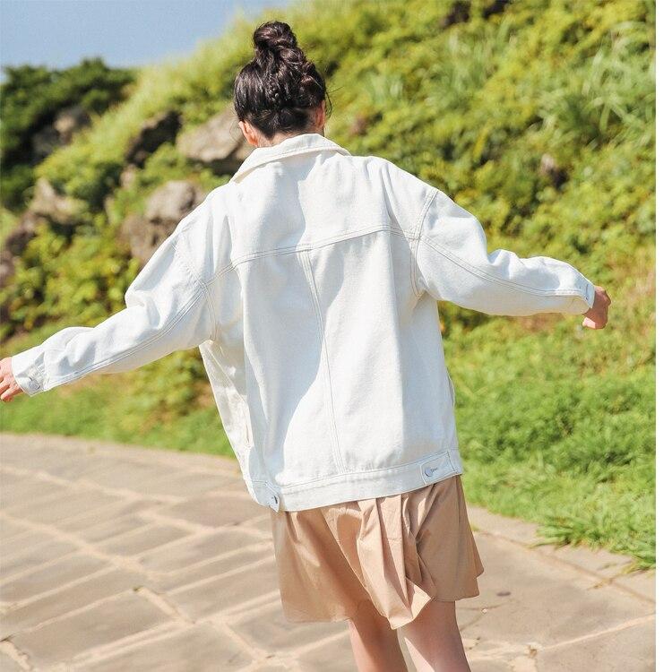 Women Denim Jacket Coat White Jeans Jacket Casual Windbreaker Vintage Pocket Coat Female Loose Outwear Fashion Lapel Tops