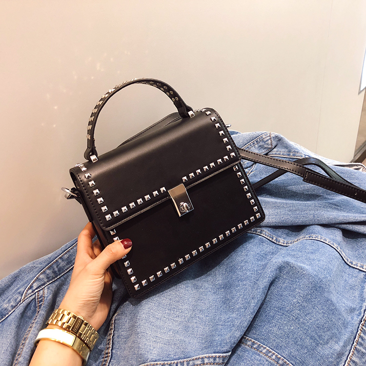 NEW Brand Women Bags Luxury Handbags Women Messenger Bags Cover Rivet Bag Girls Fashion Shoulder Bag