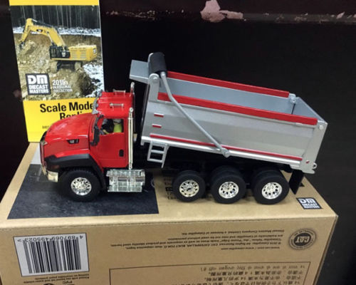 New Scale 1/50, Caterpillar Cat, CT660 Dump Truck, DIECAST MASTERS DM 85502