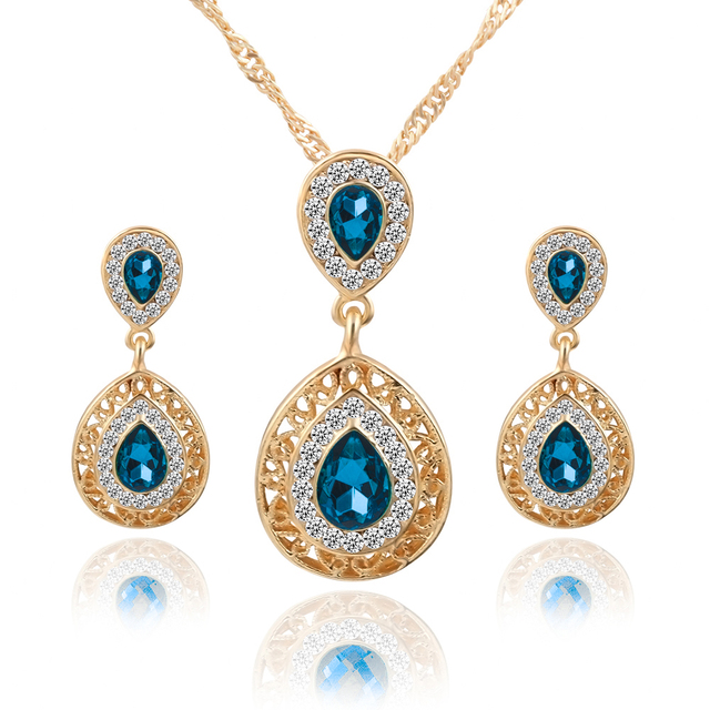 Bridal Wedding Jewelry Set Pendant Necklace and Earrings with Rhinestones