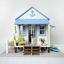 Cute Families House DIY Wood Happy Coast Novelty Handmade Gifts New Year Decor for Home Kids Toys Juguetes Brinquedos