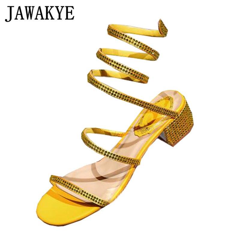 クリスタルクロスオーバーサンダル女性真珠ラインストーンチャンキーヒール靴女性のセクシーなダイヤモンドパーティー結婚式の靴女性の夏  グループ上の 靴 からの ミドルヒール の中 1