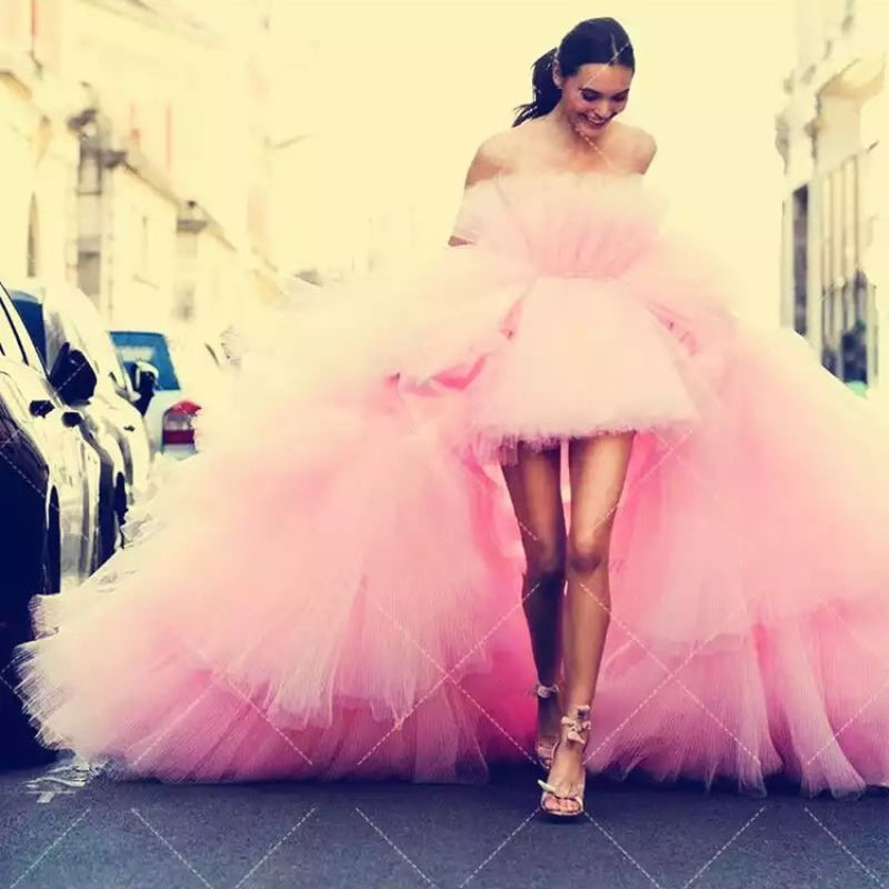 Hippie Style Chic Tulle High Low Prom Gowns Off the Shoulder Puffy Tiered Train Fashion Dress Prom Party Gowns Robe de soiree