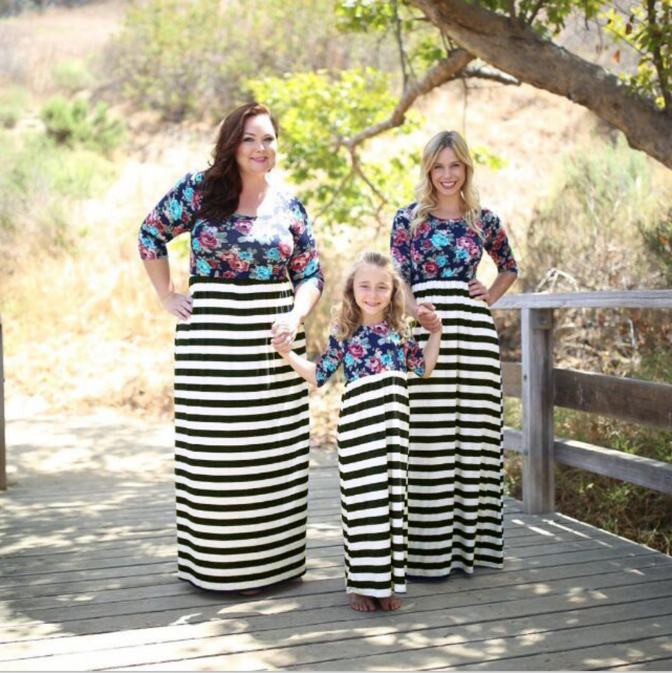 9c0912817219 Plus size 4XL 2017 New long-sleeved printed black and white striped dress  EU Fashion Mother Kids dresses Family Matching Outfits
