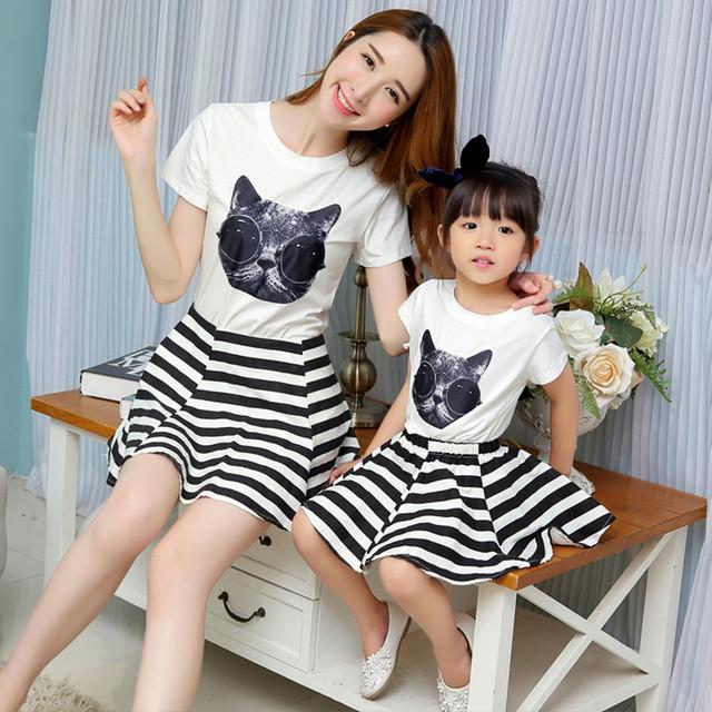 2017 bebê e mãe combinando roupas da família mãe filha roupas clothing set t-shirt + saia de algodão mommy and me roupas
