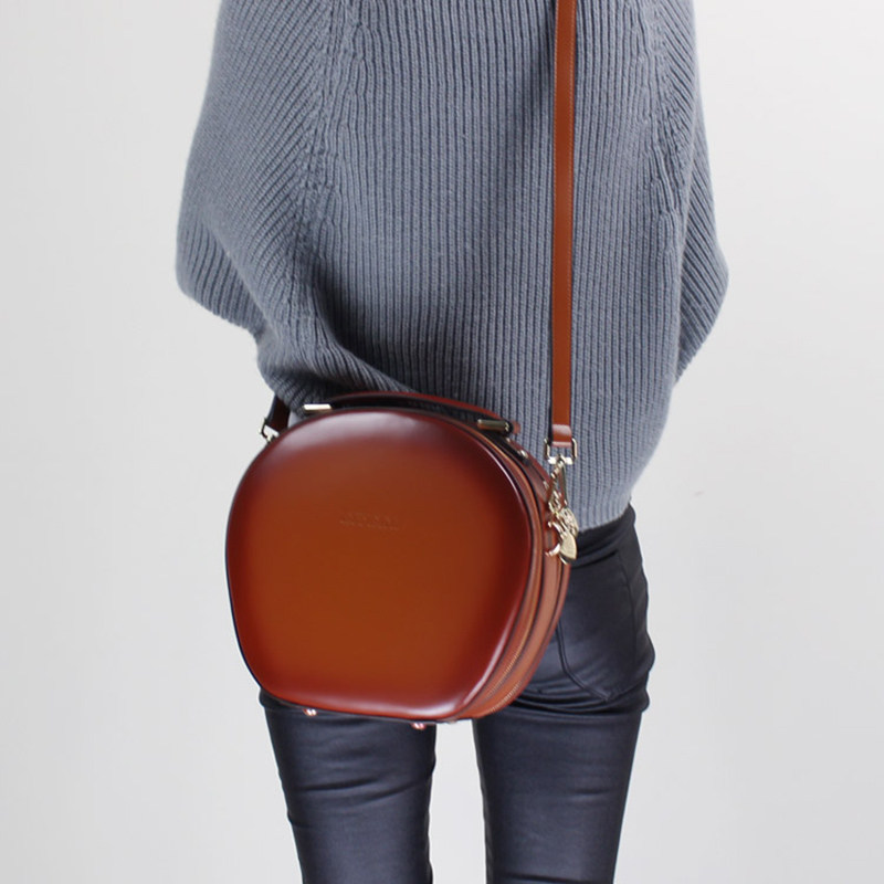 Stylish Women Handbag Genuine Leather Personalized Round Handbags 2019 Portable Shoulder Sling Bags with Double Zipper