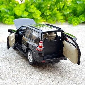 Image 2 - 1:32อัลลอยดึงกลับรถของเล่น,เลียนแบบสูงToyota LAND CRUISER PRADO,โลหะหล่อ,เดิมโตโยต้าพราโด้,จัดส่งฟรี