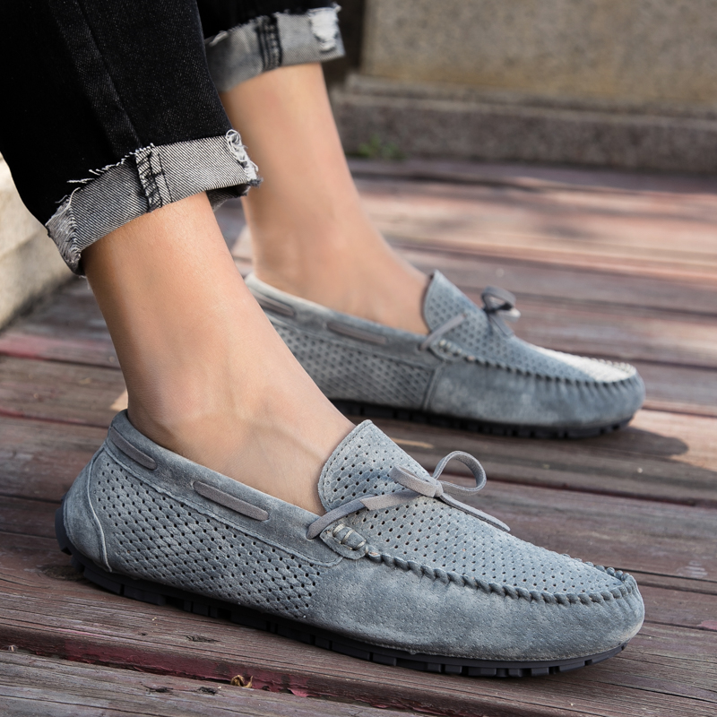 Fashion Summer hole Soft Moccasins shoes outdoor Men Loafers breathable Genuine   Leather   Shoes Men Flats Gommino Driving Shoes L5