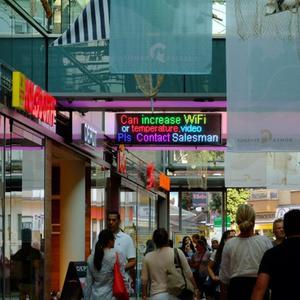 Image 5 - P5 sinais LED Smd RGB Módulo Full Color interior Wi fi Programável Rolagem Mensagem de Exibição vitrine Placa EUA plug UE