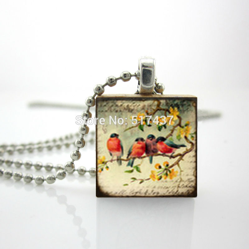 2015 New Scrabble Game Tile Jewelry We Are Family Necklace Personalized Glass Dome Pendant