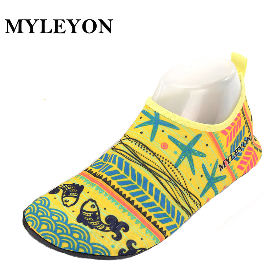 National Style Shoes Summer Outdoor Shoes Woman Men Shoes Trekking Senderismo Upstream Walking Water Quick Drying Sneaker Shoes