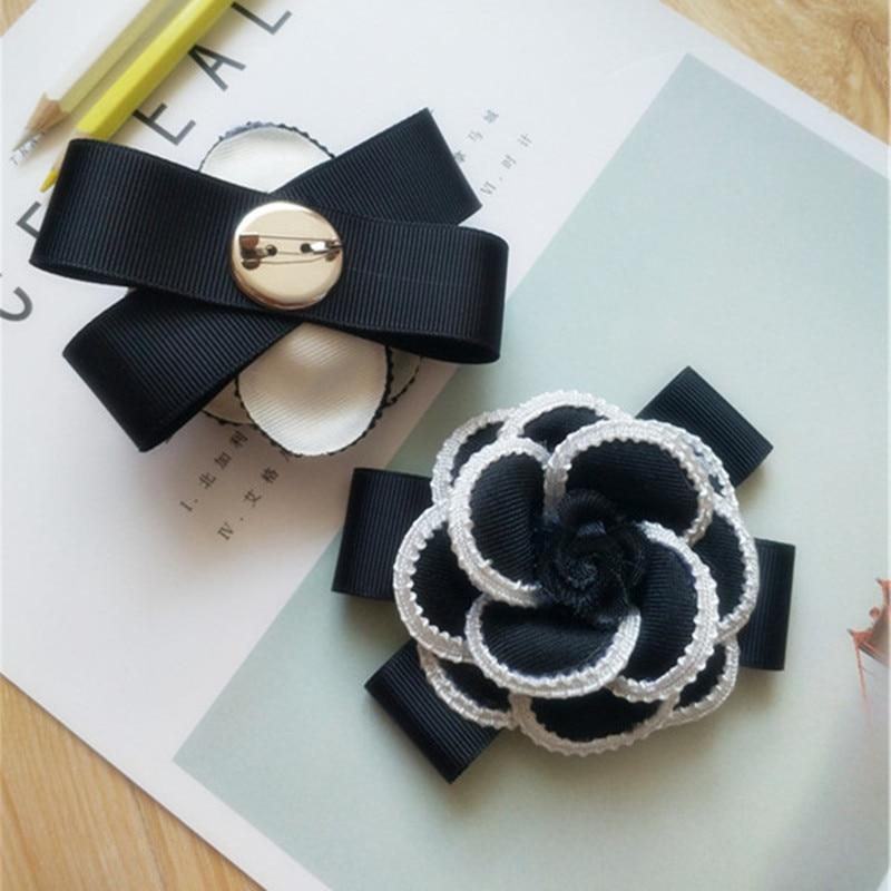 Foreign Retro High-Grade Black And White Striped Round Rhinestone Flower Bow Tie